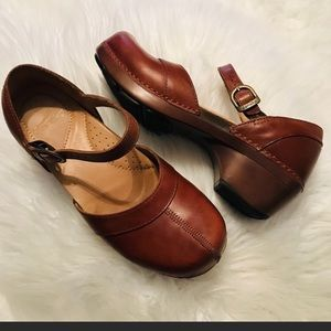 Dansko Sally Mary Jane Clog Leather shoes